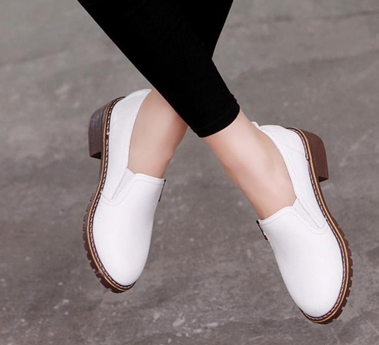 casual flat shoes for ladies